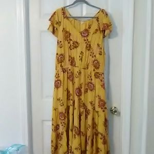 XL Old Navy lined yellow dress